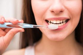 Чистка зубов снижает риск болезней сердца