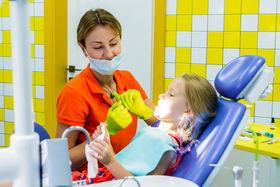 Особенности лечения детей в Mom's