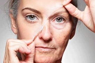 Названы 6 привычек, которые ускоряют процесс старения