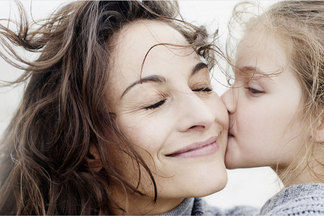 Как воспитывать ребенка водиночку? Семейный психотерапевт рассказывает ораспространенныхошибках