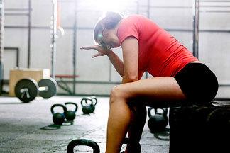 Можно ли заниматься в спортзале во время болезни?