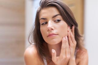 Лицо расскажет о женских проблемах! Гинеколог идерматолог об угрях перед менструацией