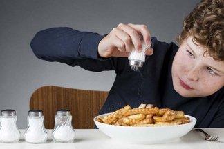 Как вывести лишнюю соль из организма?