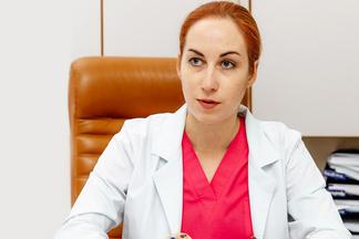 «В роду есть гинекологическиепроблемы? Нужнорожатьраньше!» Разговорсгинекологом