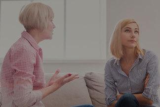 Когда съезжать от родителей? Разбираем на примерах