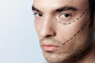 Женщины увеличивают грудь, амужчины… корректируют нос! Пластический хирург опопулярных операциях