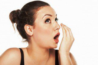 Металлический привкус во рту: причины