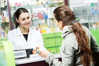 Украинцы смогут возвращать лекарства в аптеку