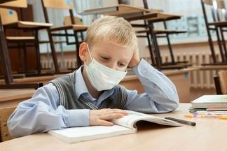 Украинские школы начали закрываться на карантин
