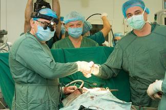 В Институте сердца МОЗ Украины провели имплантацию механического сердца