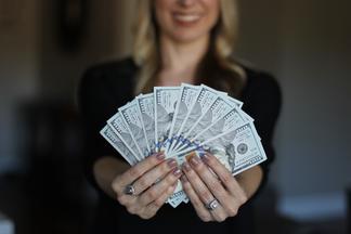Какие болезни можно подхватить через деньги?