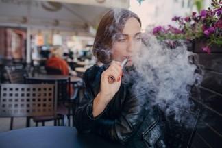 Названы продукты, которые ускоряют выведение никотина из организма