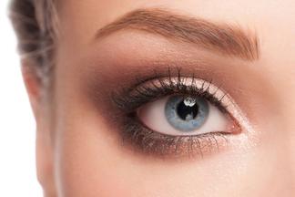 Глаукома: первые симптомы и лечение
