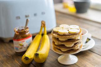 Диетологи назвали 4 полезных завтрака для похудения