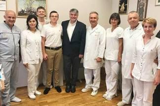 В Киеве прошла первая в мире имплантация системы VisONE®