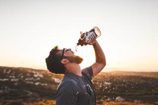 Зачем нужно пить много воды