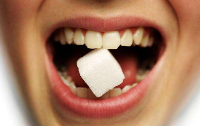 Признаки сладкого привкуса во рту
